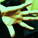 整体マッサージセラピストの手9